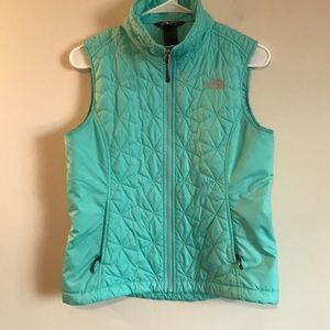 The North Face Womens Vest size small EUC